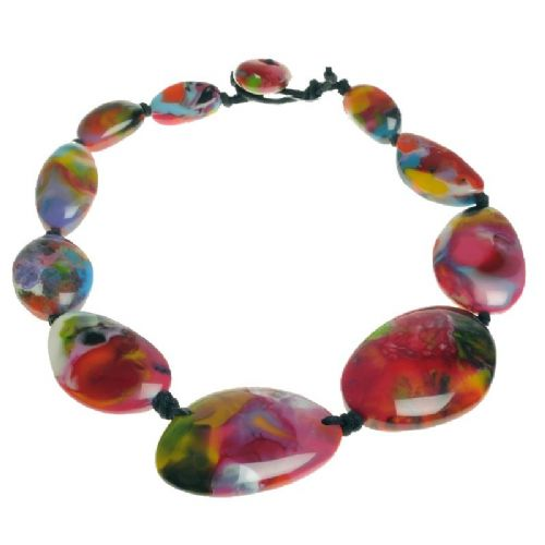 Jackie Brazil short flat riverstone necklace in Kandinsky A